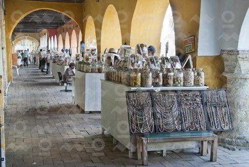 Portal de los Dulces,Cartagena,Bolivar - Sweets Portal and Pedro de Heredia Monument, Cartagena, Bol