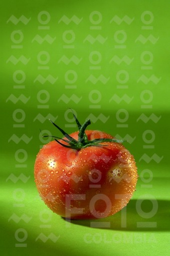 Tomates rojos / Red tomatoes