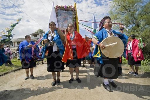 Indigenas Kamsa,Carnaval del Perdon,Colombia