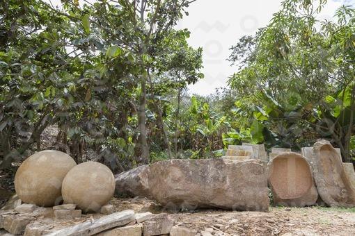 Taller de talla en piedra,Barichara,Santander / Stone carving workshop,Barichara,Santander