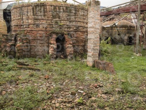 Ruinas de la Fábrica de Loza La Moderna,El Carmen de Viboral,Antioquia / Ruins of Loza Factory La Moderna,El Carmen de Viboral,Antioquia