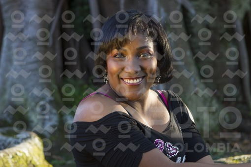 Mujer de raza negra / Black woman