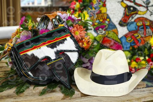 Carriel y sombrero antioqueño / Carriel and Antioqueño hat