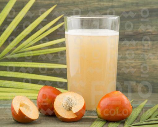 Jugo de Chontaduro / Chontaduro juice